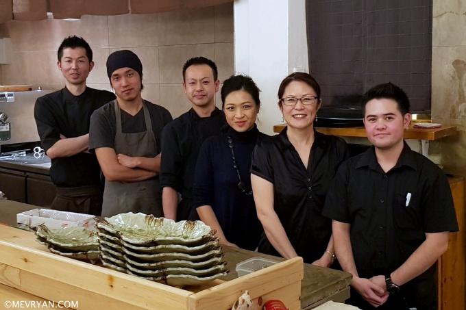 foto mevr. Yan en het team van Yama, Japans restaurant in Rotterdam © mevryan.com
