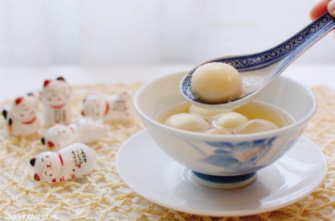 Foto tang yuan, Chinees dessert © mevryan.com