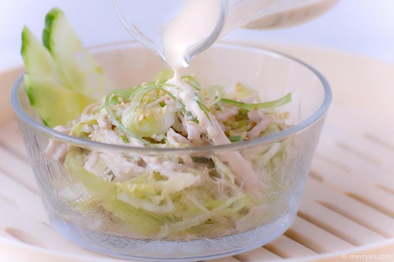 Foto kip salade met sesam dressing © mevryan.com